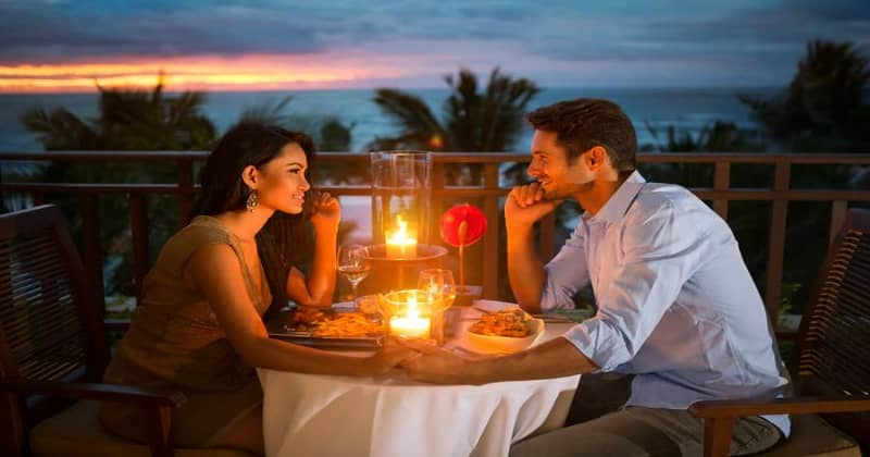 Men use these 5 secrets to woo a lady on the first date.